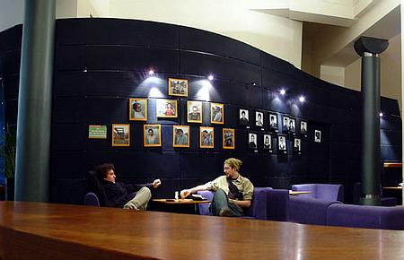 Foyer divadla určený nejen k oddechu o přestávkách :0)