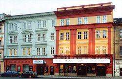 Průčelí Švandova divadla