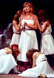Z inscenace opery HRY O MARII