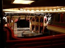 Jeviště Divadla v Dlouhé ožilo dekorací inscenace OBRAZY Z FRANCOUZSKÉ REVOLUCE, která se od vytopení divadla nehrála.