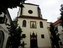 Kostel P. Marie Sněžné – čelní pohled