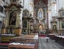 Kostel sv. Jiljí – pohled na hlavní oltář